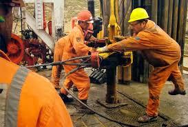 obreros-petroleo-2